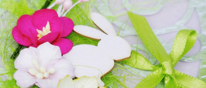 JITKA... Květinová přáníčka s kraslicí