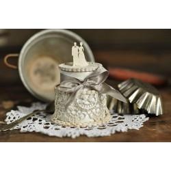 Svatební dort s novomanželi 3D