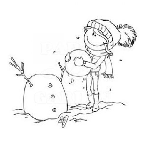 Matylda staví sněhuláka